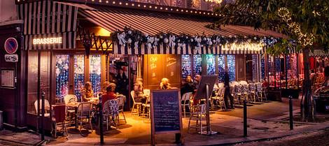 Montmartre nights. Jim Nix / Flickr.